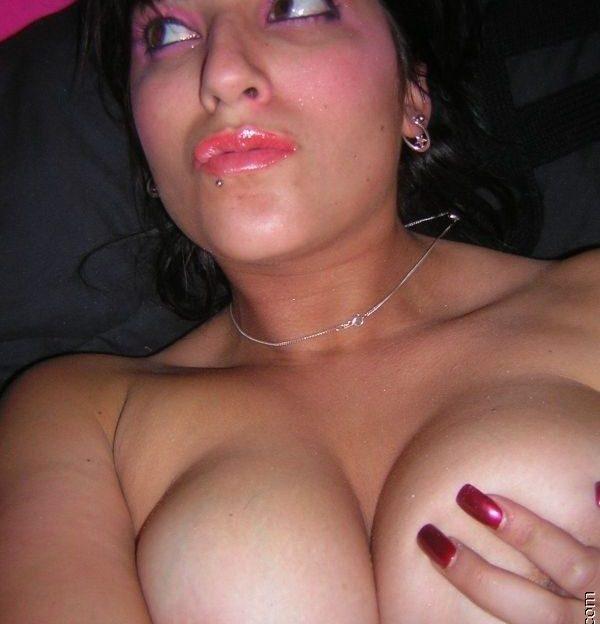 Diese junge Frau chattet live mit Dir beim Sex Chat